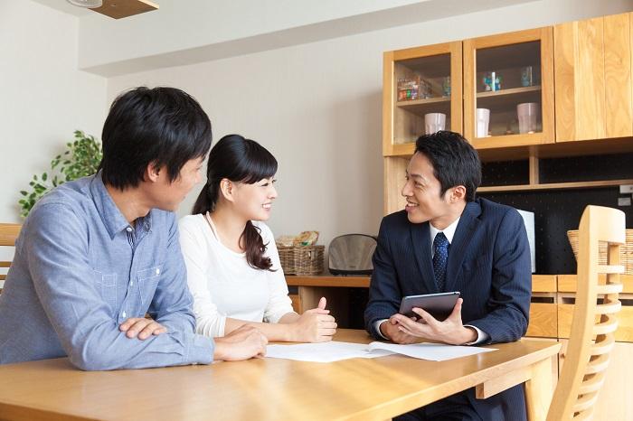 クロスセル、アップセルとは?それぞれの特徴は?顧客単価を上げるための営業手法を事例付きで紹介!