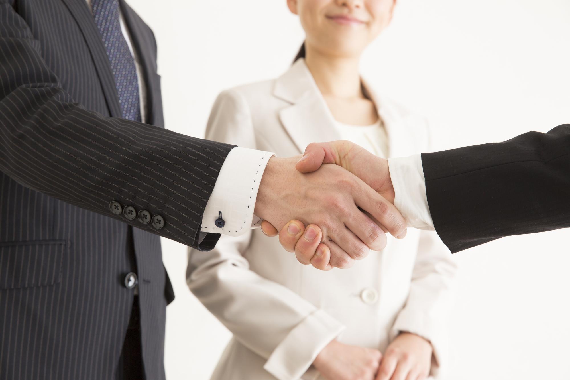 ソリューション営業とはどんな営業手法?必要なスキルや成功させるための方法を紹介